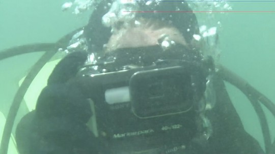 Me and my new Sony DSC-TX5 in its marine housing