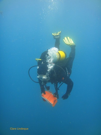 Goot deploys an SMB in the crystal clear water at Caravan Reef