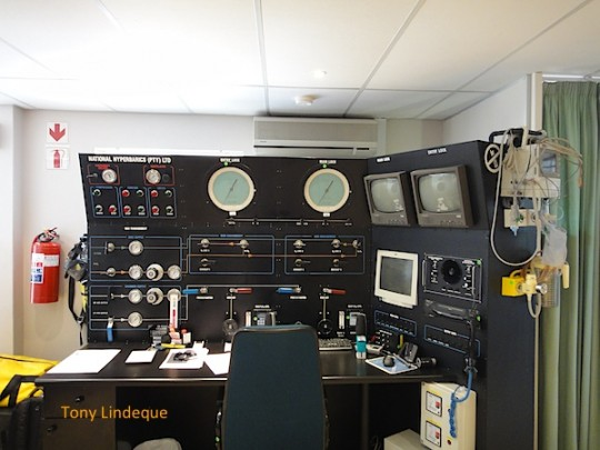 Control panel for the hyperbaric chamber