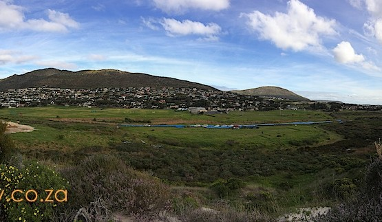 Panorama of False Bay (left) and the Atlantic (right)