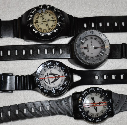Dive compass styles