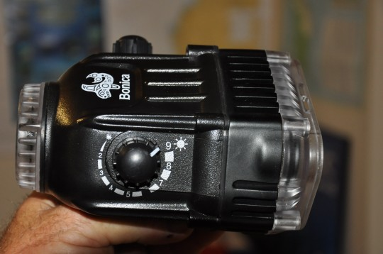 Side view of the Bonica strobe