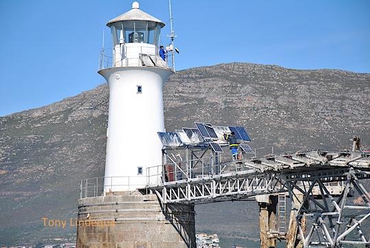 Maintenance at Roman Rock lighthouse