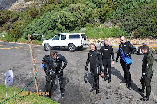 A hot shower after the dive
