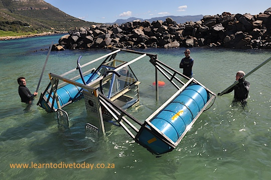The floats start to rise as the braai gets into deeper water