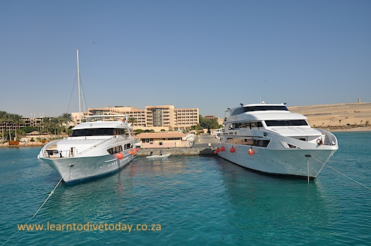 The space left by our liveaboard when we left Hurghada