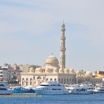 The mosque in front of Hurghada marina