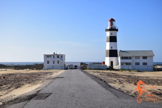 The road to Cape Recife lighthouse