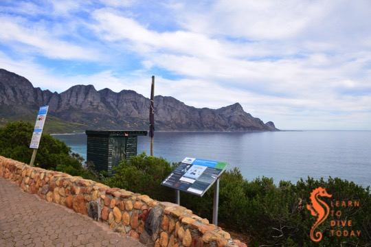 The Shark Spotters outpost at Caves (Kogel Bay)
